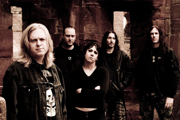 http://www.metalblade.com/europe/photos/bolt-thrower_photo02.jpg